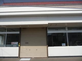 閉店後のコンビニ店舗
